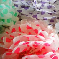 "12"" color Dot white Pom poms"